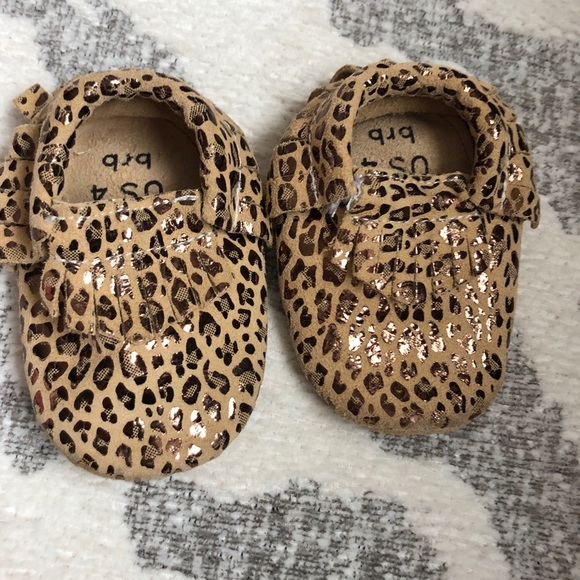 Bird Rock Baby Shoes   Euc Leopard